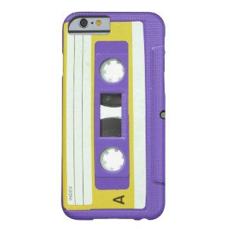 Casete audio retro del vintage púrpura funda de iPhone 6 barely there