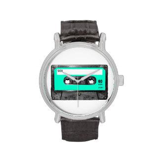 Casete azul claro de la etiqueta reloj de mano