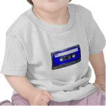 Casete azul de la etiqueta de los años 80 del vint camisetas