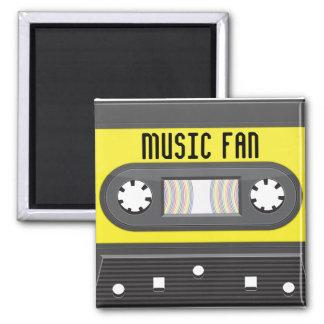 Casete del fan de música con el imán de la cinta d