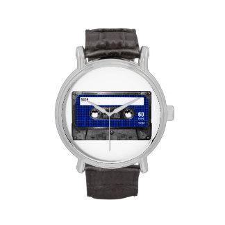 Casete negro y azul de la etiqueta de Houndstooth Reloj