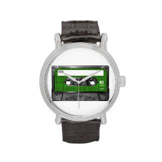 Casete negro y verde de la etiqueta de Houndstooth Relojes