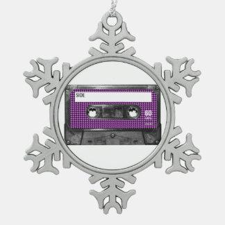 Casete púrpura y negro de la etiqueta de Houndstoo