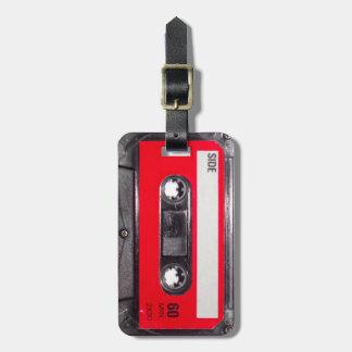 casete rojo de la etiqueta de los años 80 etiquetas de maletas