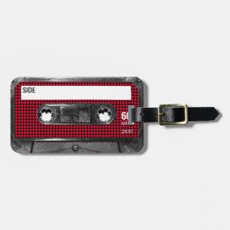 Casete rojo y negro de la etiqueta de Houndstooth Etiquetas Maletas