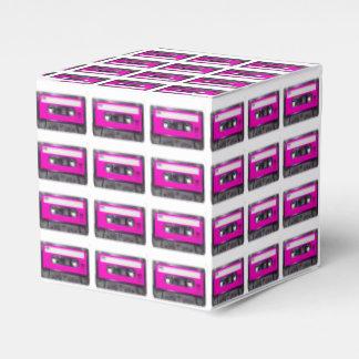 Casete rosado de la etiqueta cajas para regalos