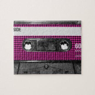 Casete rosado y negro de la etiqueta de Houndstoot Puzzles Con Fotos