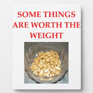cashews plaque