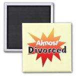 Casi divorciado imán