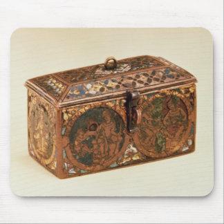 Casket, 13th century mouse pads