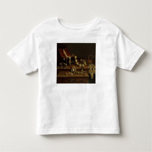 Casket of jewels on a table tees