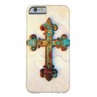 Caso aherrumbrado del iPhone 6 de la cruz del Funda Para iPhone 6 Barely There