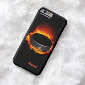 Caso ardiente del iPhone 6 del duende malicioso de Funda Para iPhone 6 Barely There