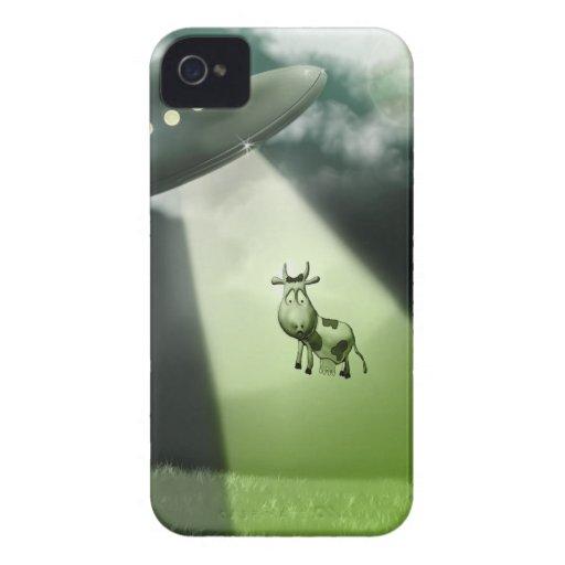 Caso cómico de la abducción de la vaca del UFO iPhone 4 Carcasa