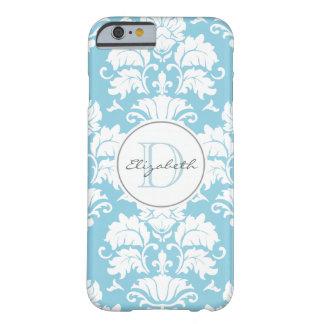 Caso con monograma del iPhone del damasco azul Funda De iPhone 6 Barely There