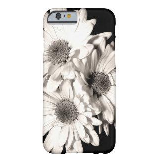 Caso de encargo del iPhone 6 de las margaritas Funda Para iPhone 6 Barely There