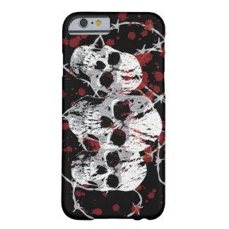 Caso de encargo del iPhone 6 de los cráneos de Funda De iPhone 6 Barely There