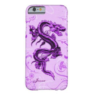 Caso de encargo del iPhone 6 del dragón púrpura Funda Para iPhone 6 Barely There