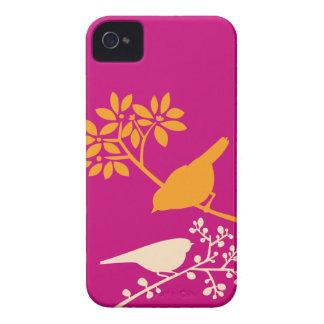 Caso de encargo del iPhone de los pájaros colorido iPhone 4 Case-Mate Funda