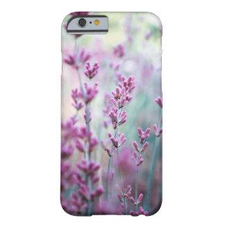 Caso de IPhone del color de Lavanda de la Funda Barely There iPhone 6