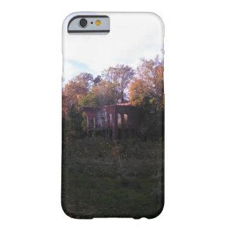 Caso de Iphone/Ipad con un edificio abandonado Funda Barely There iPhone 6
