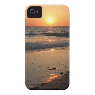 caso de la puesta del sol de la playa del iPhone 4 Case-Mate iPhone 4 Cárcasas