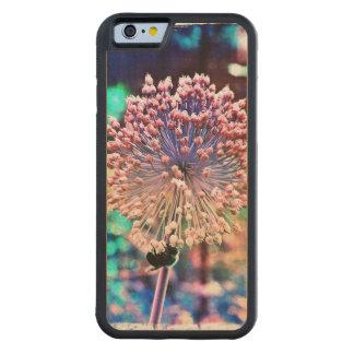 Caso de madera del iPhone 6 de la abeja en colores