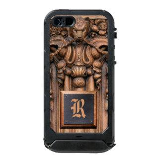 Caso de madera tallado de la identificación del funda para iPhone 5 incipio ATLAS ID