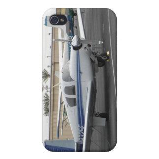 Caso de Mooney iPhone 4 Protectores
