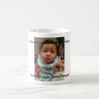 Caso del bebé de lunes Reagan Tazas