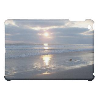 Caso del iPad de la puesta del sol de la playa