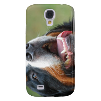 Caso del iPhone 3G del perro de Berner Sennenhund