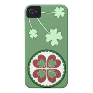 caso del iPhone 4 - afortunado en maleficio del Case-Mate iPhone 4 Protectores