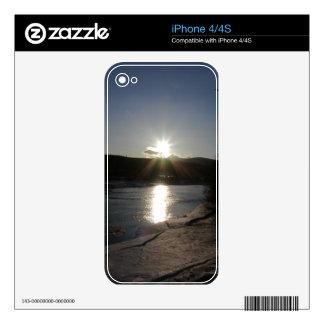 caso del iPhone 4 con la foto del río Yukón Calcomanía Para El iPhone 4