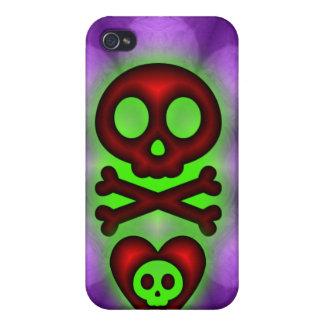 Caso del iphone 4 de los corazones y de los cráneo iPhone 4/4S carcasa