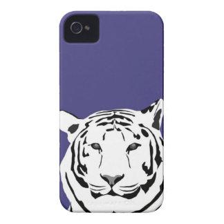 caso del iPhone 4 - tigre en púrpura iPhone 4 Case-Mate Cárcasa
