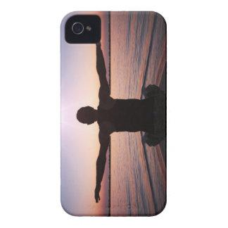 Caso del iPhone 4S Barely There del saludo de Sun iPhone 4 Case-Mate Protector
