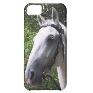 caso del iPhone 5 con el caballo blanco en freno y