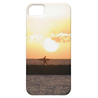 caso del iPhone 5 - persona que practica surf en iPhone 5 Carcasas