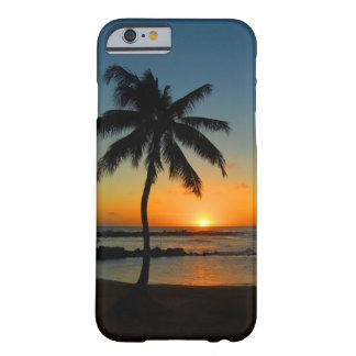 Caso del iPhone 6 de Hawaii Kauai - puesta del sol Funda De iPhone 6 Barely There