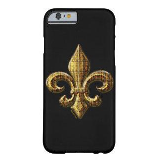 Caso del iPhone 6 de la flor de lis del oro Funda Para iPhone 6 Barely There
