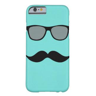 Caso del iPhone 6 de las gafas de sol y del bigote Funda De iPhone 6 Barely There