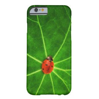Caso del iPhone 6 de señora Bug Funda De iPhone 6 Barely There