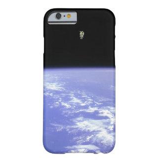 Caso del iPhone 6 del astronauta Funda De iPhone 6 Barely There