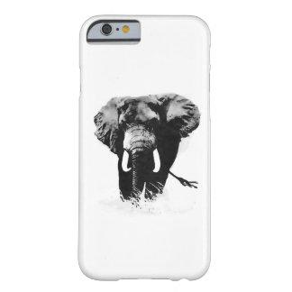 Caso del iPhone 6 del elefante que camina Funda Para iPhone 6 Barely There