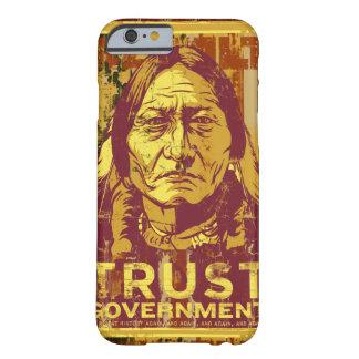 Caso del iPhone 6 del gobierno de la confianza de Funda De iPhone 6 Barely There
