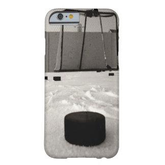 Caso del iPhone 6 del hockey Funda Barely There iPhone 6