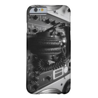 Caso del iPhone 6 del mezclador y de los Funda Para iPhone 6 Barely There