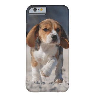 Caso del iPhone 6 del perrito del beagle Funda De iPhone 6 Barely There