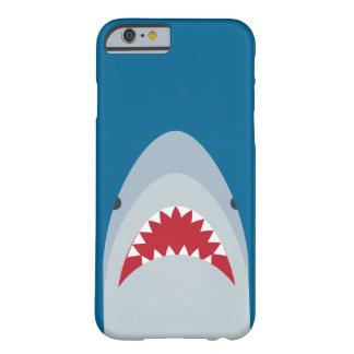 Caso del iPhone 6 del tiburón Funda De iPhone 6 Barely There